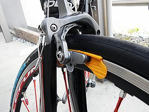 自転車のブレーキ調整